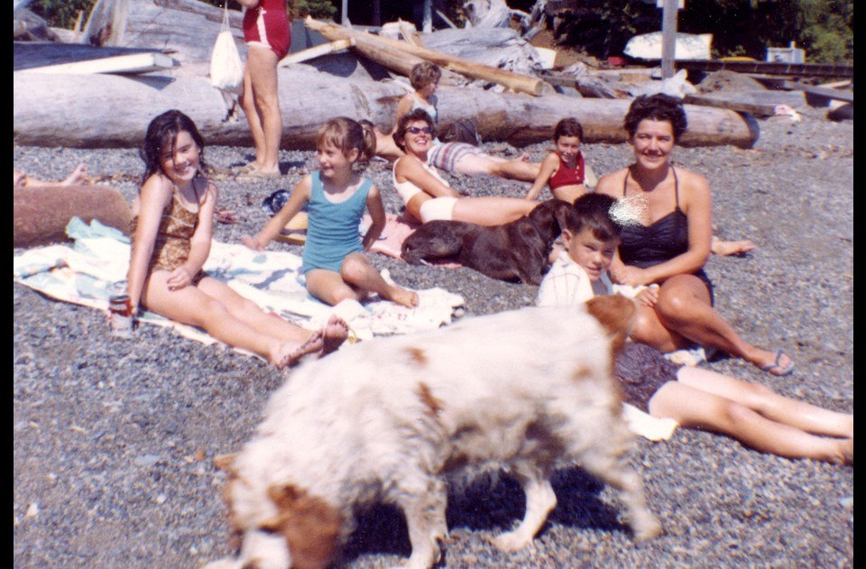 Sunning on Eaglecliff beach with Jean Cleator, Jerry Luft and Jan Stevens